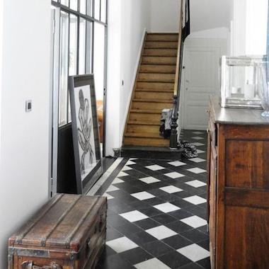 Medium Square Tiles